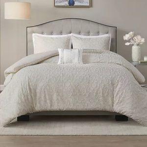 Madison Park Cotton Clipped Jacquard Comforter Set